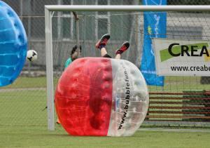 Kopfballtor am 2. Bubble Fussball Turnier des FC Hitzkirch auf dem Sportplatz Hegler Hitzkirch.