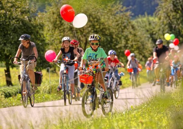 Sonntagsplausch im Land der Obstbäume bei Altwis (Photo by: www.studhalter.org)