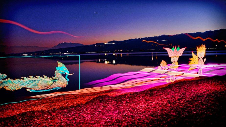 Impressionen Lichtmalen / Light Painting mit Taschenlampe und Pixelstick am Ufer des Badeggersees in der Badi Gelfingen.