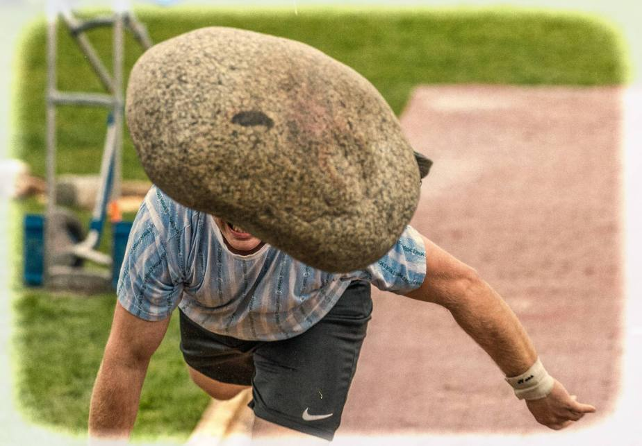 Unspunnen-Stein: 83kg im freienFlug…
