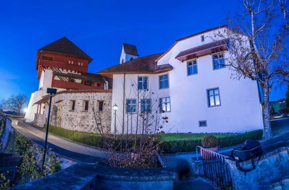 Panorama ab Hohenrain Richtung Alpen (Rigi/Pilatus), Luzern, Emmen, Hochdorf. Fotos zu Projekt Sehtal (Luzerner Seetal).