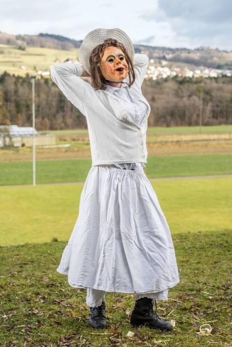 MICHI DÖBELI als JUMPFERE (Jungfrau), Symbol für Reinheit, Schönheit, Jugend, und Tugend