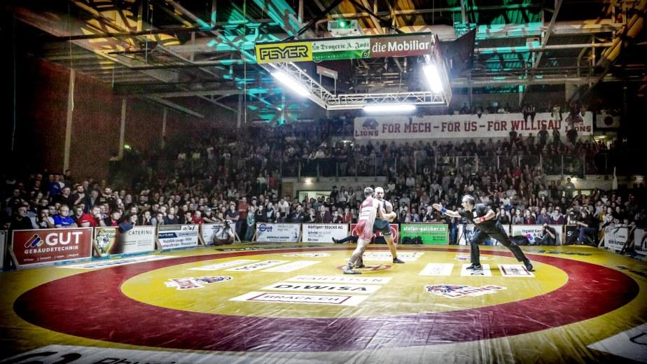 Swiss Wrestling Teil 3:POLICE